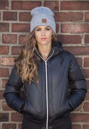 Leatherpatch Long Beanie