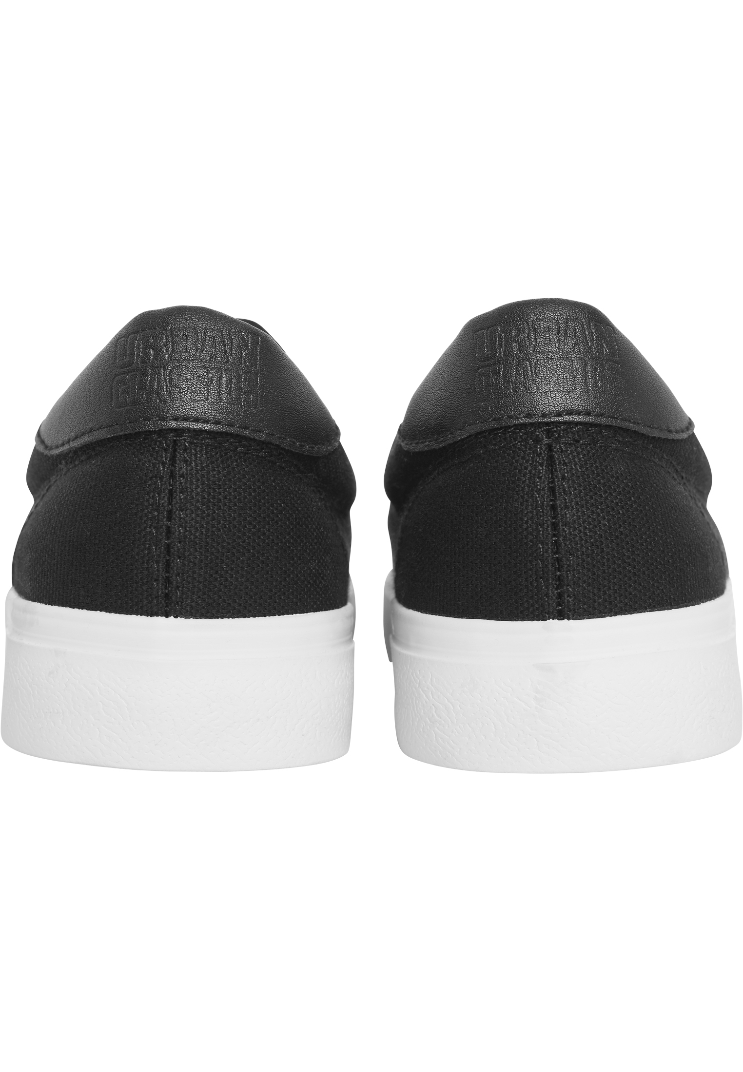Low Sneaker With Laces TB2124